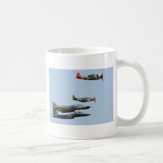 Diseño 1 del avión de combate taza de café