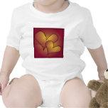 Diseño 1 del corazón traje de bebé