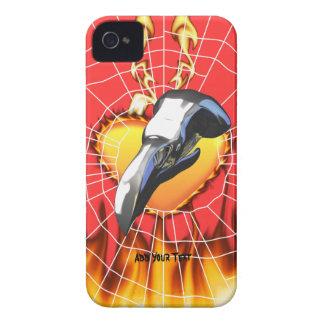 Diseño 2 del cráneo del águila del cromo con el iPhone 4 carcasas