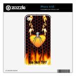 Diseño 3 de la viuda negra del cromo con el fuego iPhone 4 skin