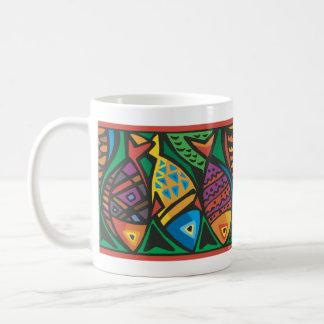 Diseño abstracto del arte de los pescados taza de café