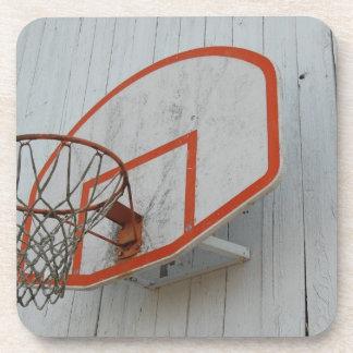 Diseño adaptable del aro de baloncesto posavaso