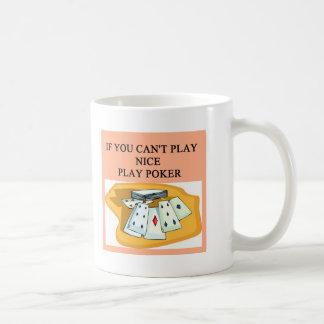 diseño afortunado del jugador de póker tazas