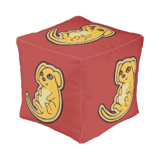 Diseño amarillo y rojo dulce del dibujo del perro pouf cuadrado