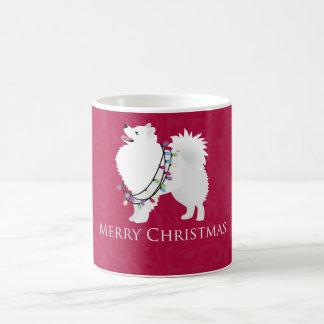 Diseño americano de las Felices Navidad del perro Taza Básica Blanca