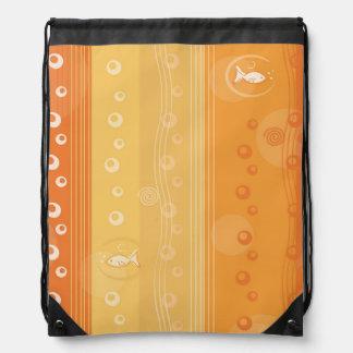 Diseño anaranjado náutico de la raya mochila