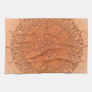 Diseño anaranjado oriental agradable toallas
