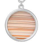 Diseño anaranjado y blanco de la raya ondulado pendientes personalizados