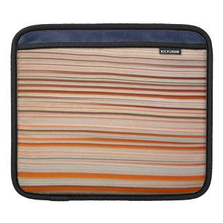 Diseño anaranjado y blanco de la raya ondulado manga de iPad