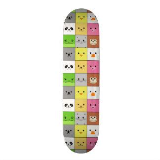 Diseño animal colorido lindo del modelo de los cua patineta personalizada