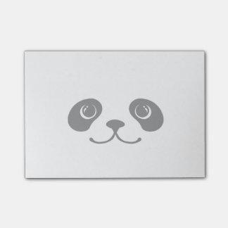 Diseño animal lindo de la cara de la panda blanco  nota post-it