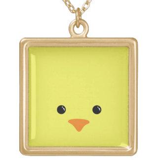 Diseño animal lindo de la cara del pollo amarillo collar