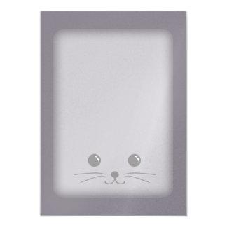 """Diseño animal lindo de la cara del ratón gris invitación 5"""" x 7"""""""