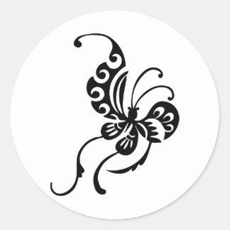 Diseño asiático de la mariposa del estilo pegatina redonda