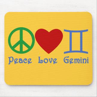 Diseño astrológico de los géminis del amor de la p mousepad