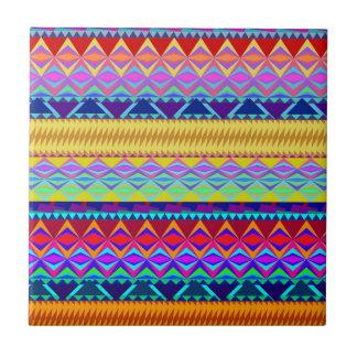 Diseño azteca colorido azulejo cuadrado pequeño
