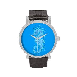 Diseño azul complejo del Seahorse Relojes