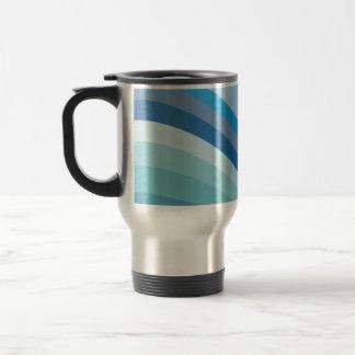 Diseño azul de la onda taza de viaje
