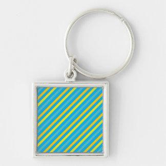 Diseño azul de la raya diagonal multi llavero cuadrado plateado