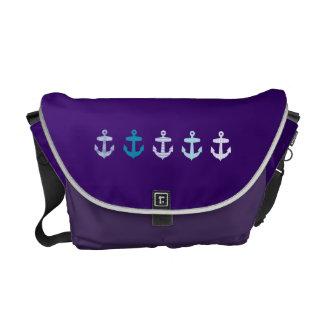 Diseño azul náutico de las anclas - bolso púrpura bolsas messenger