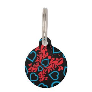 Diseño azul y rojo del corazón de la mariposa placa para mascotas