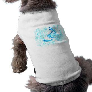 diseño blanco azul invertido del animal de musgo camiseta de perrito