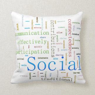 Diseño blanco del texto relacionado social de los cojín decorativo