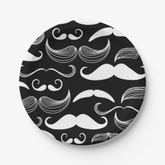 Diseño blanco divertido del bigote en etiqueta platos de papel