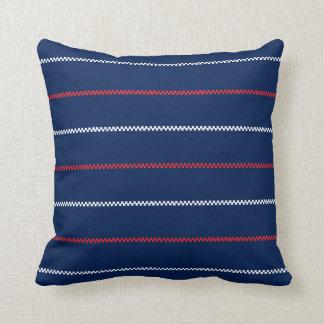 Diseño blanco hecho punto del modelo del rojo azul almohadas