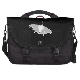 Diseño blanco y negro de la mariposa bolsas de portatil