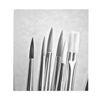 Diseño blanco y negro de las brochas libretas para notas