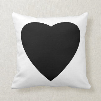 Diseño blanco y negro del corazón del amor cojines