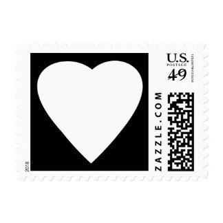 Diseño blanco y negro del corazón del amor estampillas