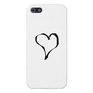 Diseño blanco y negro del corazón del amor iPhone 5 carcasas