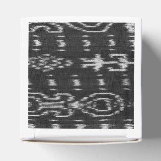 Diseño blanco y negro del ikat cajas para regalos