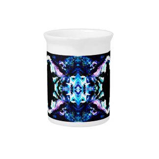 Diseño bonito de la turquesa azul púrpura mágica a jarra