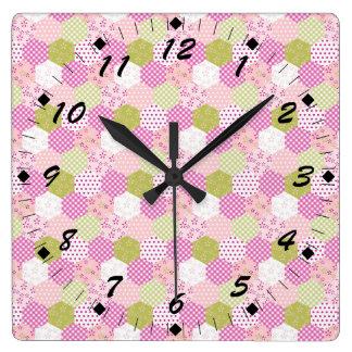 Diseño bonito del edredón de remiendo del verde de reloj cuadrado