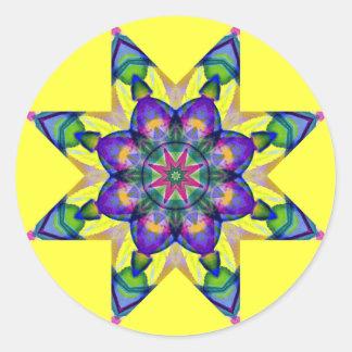 Diseño caleidoscópico 4 de la mandala de la pegatina redonda