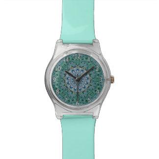 Diseño caleidoscópico de las reflexiones del relojes de mano