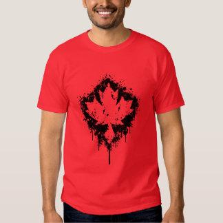 Diseño canadiense de la salpicadura (negro) remera