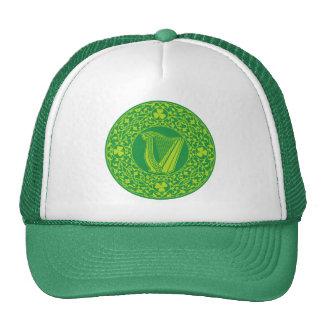 Diseño céltico hermoso del arte de una arpa irland gorras de camionero