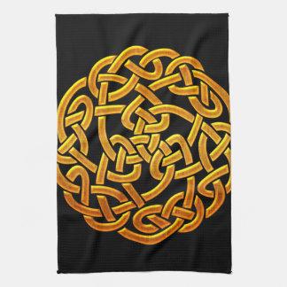 Diseño céltico irlandés de oro céltico D1 Toalla