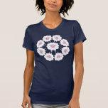 Diseño circular de las ovejas lindas del dibujo an camisetas