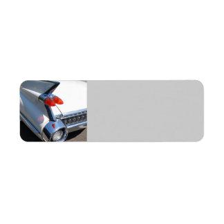 Diseño clásico del coche etiqueta de remite