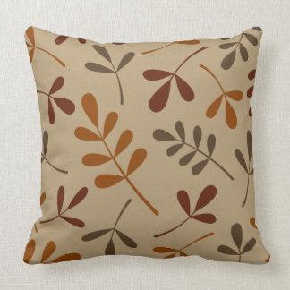 Diseño clasificado grande de las hojas de la caída almohada
