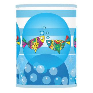 Diseño colorido abstracto náutico de los pescados pantalla de lámpara