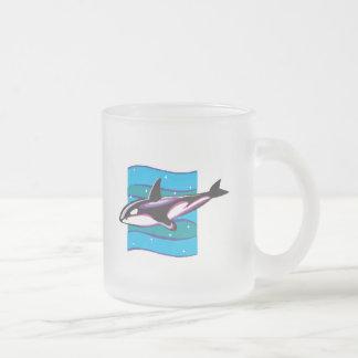 diseño colorido de la orca tazas de café