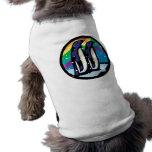 diseño colorido del círculo del pingüino playera sin mangas para perro