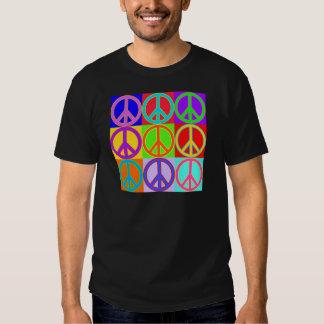 Diseño colorido del signo de la paz poleras