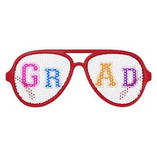 Diseño colorido lindo del texto del graduado lentes de sol